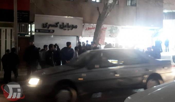 سرقت مسلحانه ازموبایل فروشی در خرمآباد