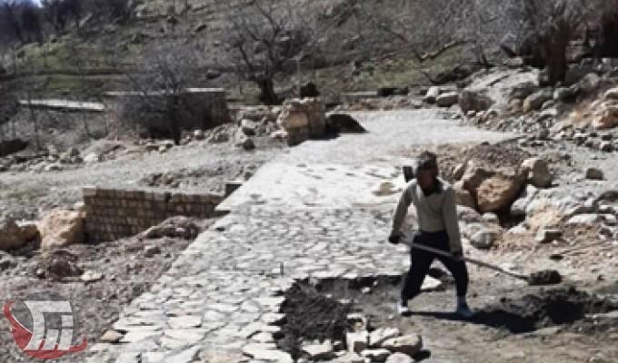 توسعه زیرساختها در آبشار چکان الیگودرز