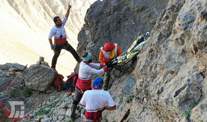 عملیات طاقتفرسای انتقال جسد کوهنورد اهوازی در قله «کول جنو» + تصاویر